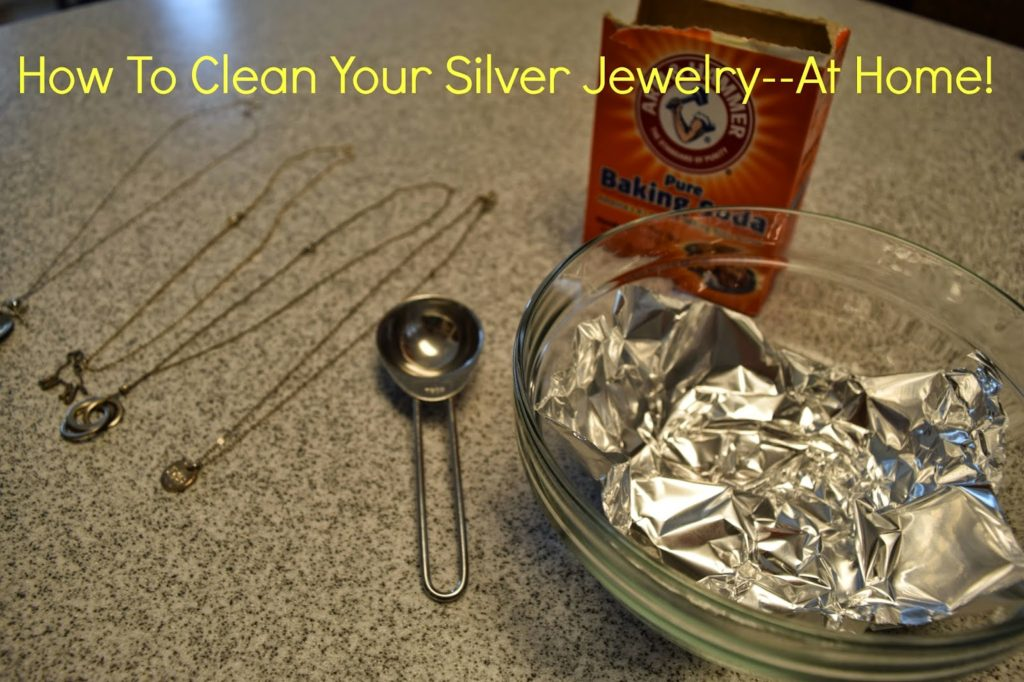 how to clean silver jewelry for free communikait. Black Bedroom Furniture Sets. Home Design Ideas