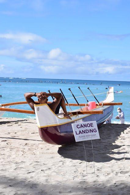 waikiki beach canoe