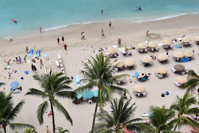 royal hawaiian waikiki beach